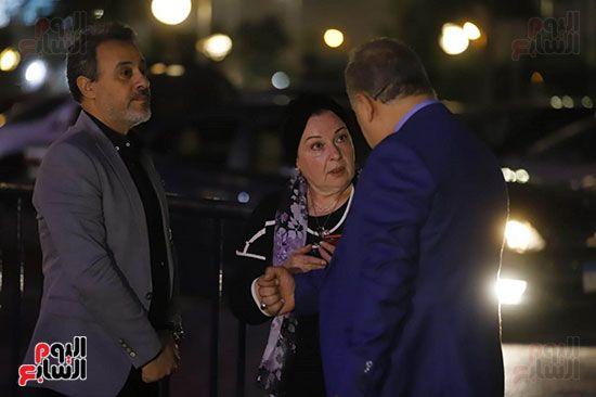 الفنانة نورا مع اشرف ذكي وايهاب فهمي