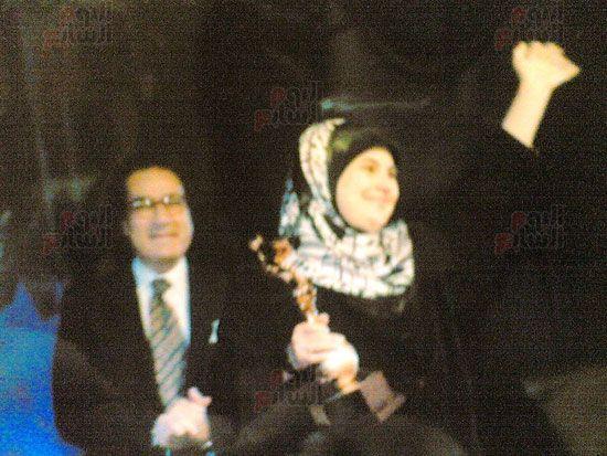 هالة طفلة فيلم الحفيد ، ميرفت العايدى فى فيلم الحفيد (18)