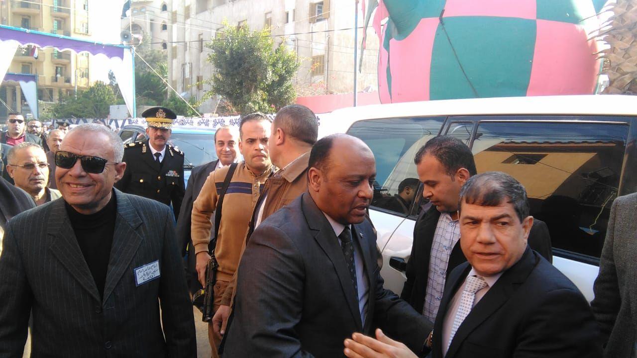مساعد وزير الداخلية لوسط الدلتا يفتتح نقطه شرطة محلة حسن (2)