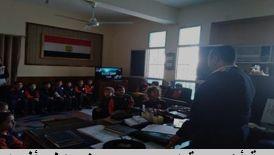 جانب من زيارة طلاب المدارس للمواقع الشرطية