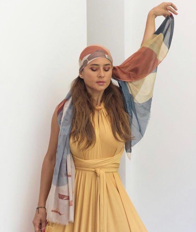 الفنانة نيلى كريم