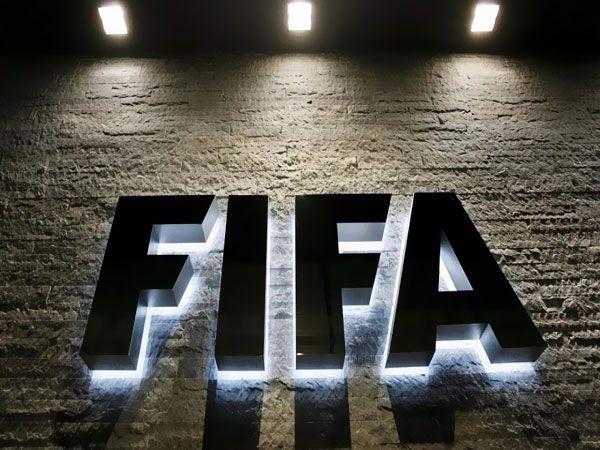 الفيفا يخطر اتحاد الكرة بعقد جلسات التحقيق بنظام الفيديو كونفرانس
