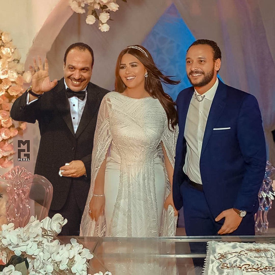 النجم الراحل في حفل زفاف نجله أحمد خالد صالح