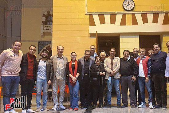 فريق عمل مسرحية الوصية في المسرح القومي