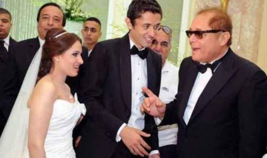 محمود عبد العزيز فى حفل زفاف نجله