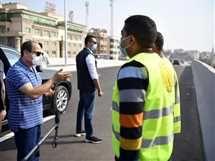 الرئيس عبد الفتاح السيسي يتفقد مشروعات تطوير المحاور والكباري بمحافظتي القاهرة والجيزة
