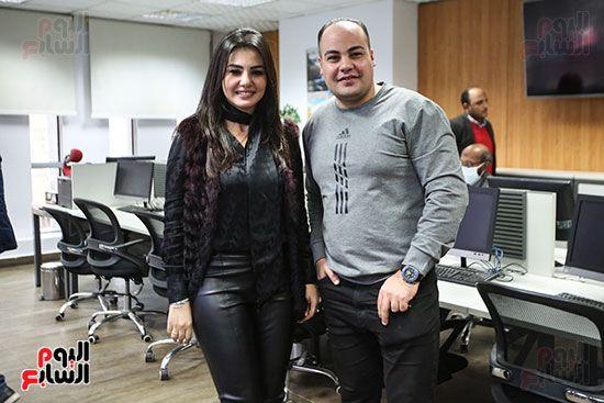 الفنانة دينا فؤاد والكاتب الصحفى عمرو صحصاح رئيس قسم الفن