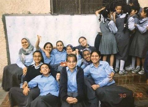 هبة مجدى وآية مدنى أيام المدرسة