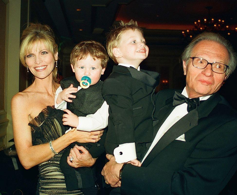 صورة عائلية للاري كينج