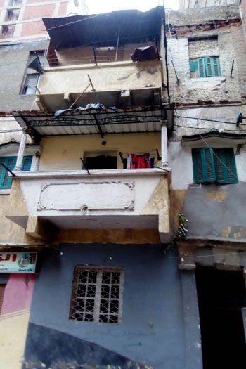 عقار-تعرض-للانهيار-بالإسكندرية-بسبب-الطقس-السيئ