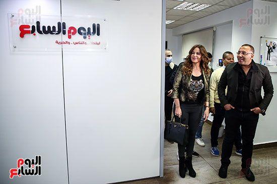 خالد صلاح يستقبل كارول سماحة فى صالة تحرير اليوم السابع (2)