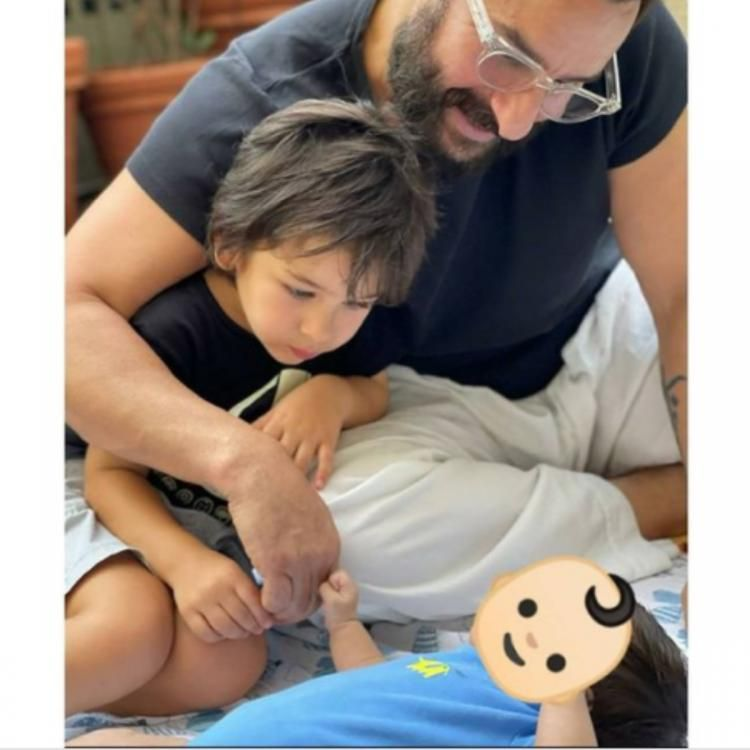 أول صورة لسيف علي خان وتيمور مع المولود الجديد
