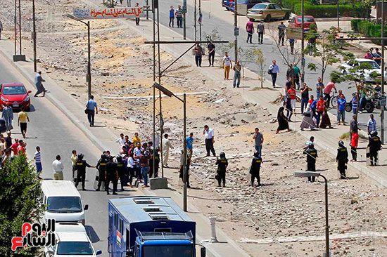 102242-حادث-انفجار-موكب-وزير-الداخلية-ماهر-اسكندر-5-9-2013-(4)