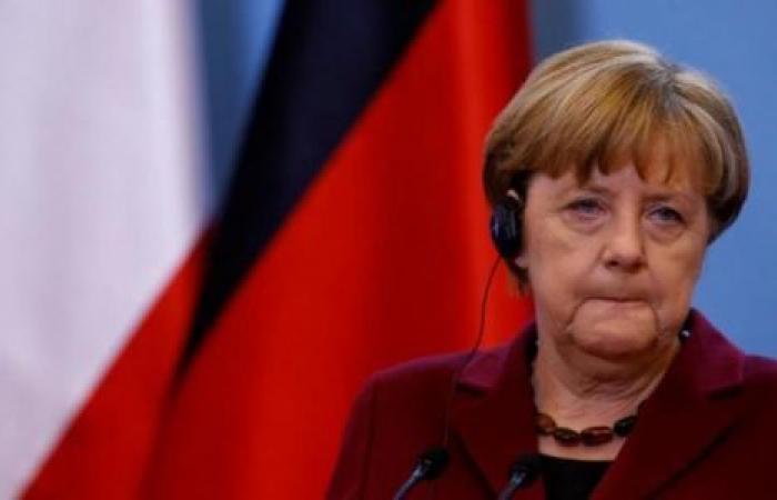 ميركل توضح إمكانية رفع العقوبات عن روسيا