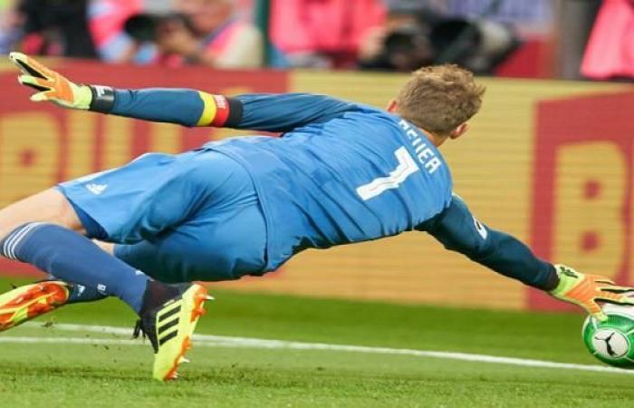 رياضة عالمية الجمعة لوف يدفع بتير شتيجن أمام الأرجنتين وبنوير في مواجهة إستونيا