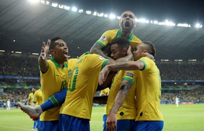 رياضة عالمية الثلاثاء البرازيل تخوض مرانها بفريق مكتمل استعداداً للسنغال ونيجيريا