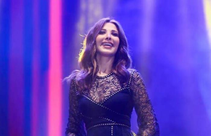 #اليوم السابع - #فن - نانسي عجرم تتألق في حفل طلابي بمدينة جمصة وتلوح بعلم مصر