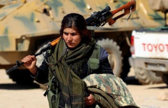 سوريا.. «نساء داعش» يهاجمن قوات الأمن بمخيم الهول