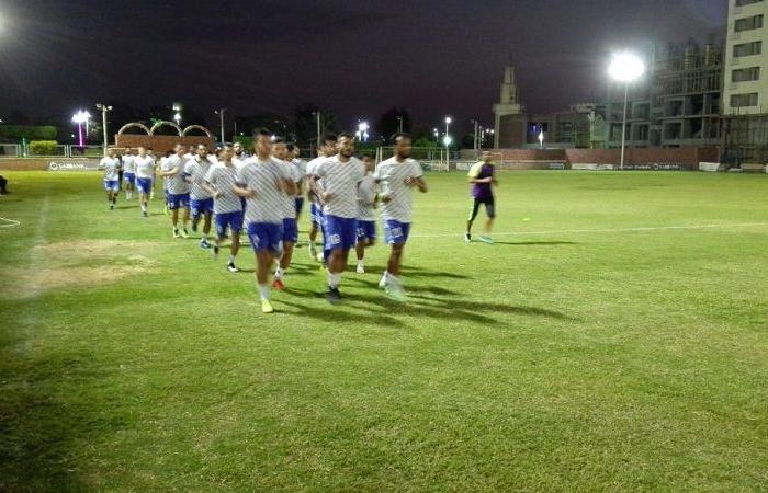 الوفد رياضة - استمرار تدريبات فريق أسوان استعدادًا للمقاولون العرب موجز نيوز
