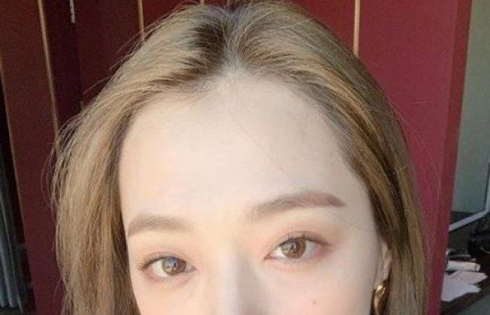 #اليوم السابع - #فن - اكتئاب حاد ثم وفاة.. رحيل المغنية الكورية سولي في ظروف غامضة