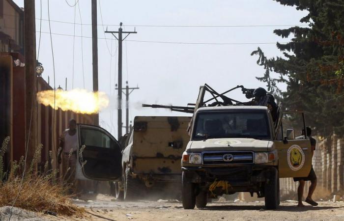 ليبيا.. كيف سيطر «جيش حفتر» على عزيزية طرابلس؟