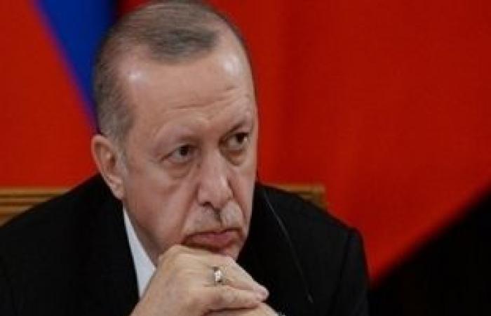 اخبار السياسه عمرو صالح: التوجه الديكتاتوري لأردوغان سيؤدي إلى سقوط نظامه