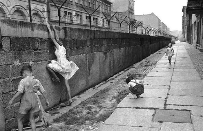 في الذكرى الـ 30 لانهيار جدار برلين.. الجدران تحيط بأوروبا