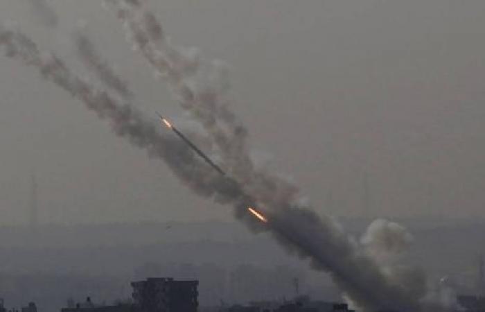 صواريخ المقاومة تستنفر الاحتلال.. صافرات الإنذار تدوي من جديد بمستوطنات غلاف غزة