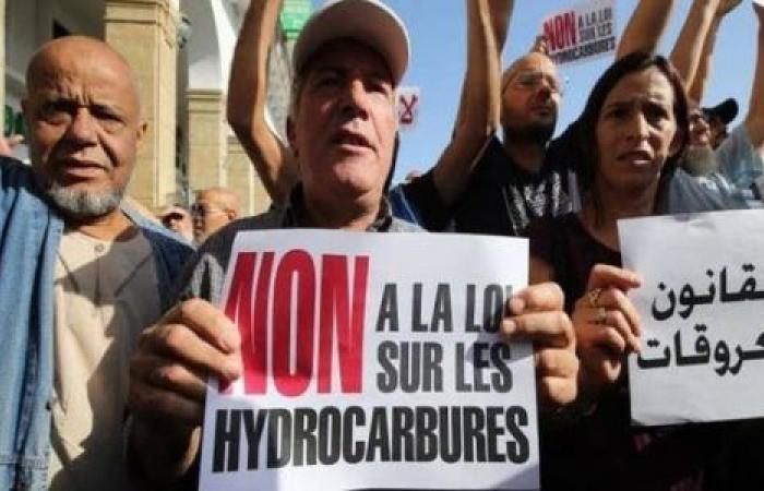 بموافقته على «قانون المحروقات».. البرلمان الجزائري يشعل غضب الشارع