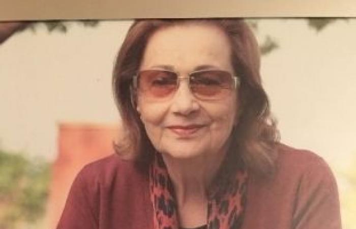اخبار السياسه أخبار ماتفوتكش..وفاة شقيقة فيفي عبده وتكذيب شائعات عن صحة سوزان مبارك