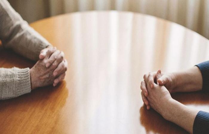 """الوفد -الحوادث - دكتور جامعى يطالب بإنهاء زواجه بعد أربعة أشهر: """"زوجتي لا تجيد الطهي"""" موجز نيوز"""