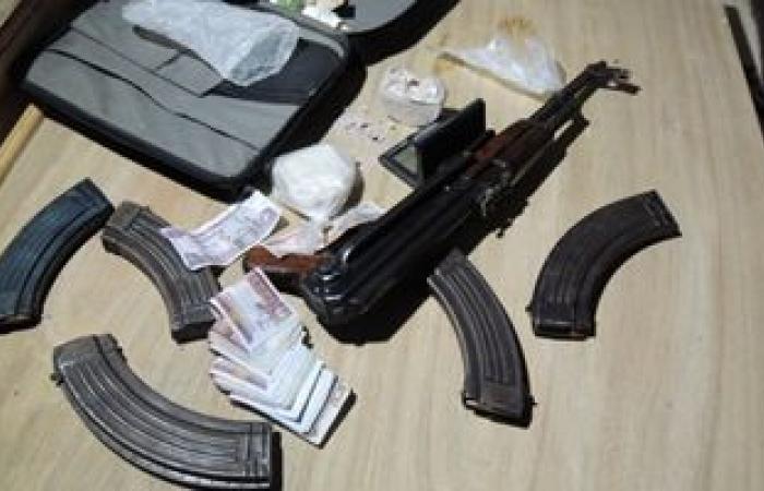 #اليوم السابع - #حوادث - المعمل الكيماوى يفحص مواد مخدرة حازها صاحب محل هواتف فى الجيزة