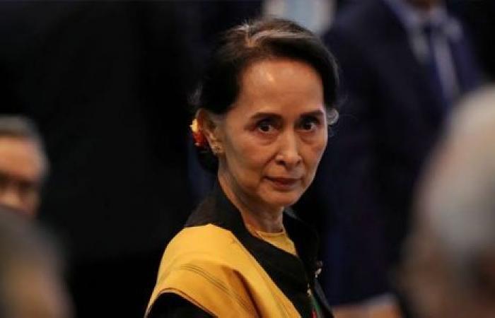 من «رمز السلام» لدعم «الإبادة».. سو تشي إلى لاهاي لـ«الدفاع» عن حملة بلادها ضد الروهينجا