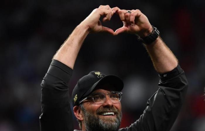 """رياضة عالمية الأربعاء فينجر: ليفربول في طريقه لتكرار إنجاز أرسنال في موسم """"اللا هزيمة"""""""
