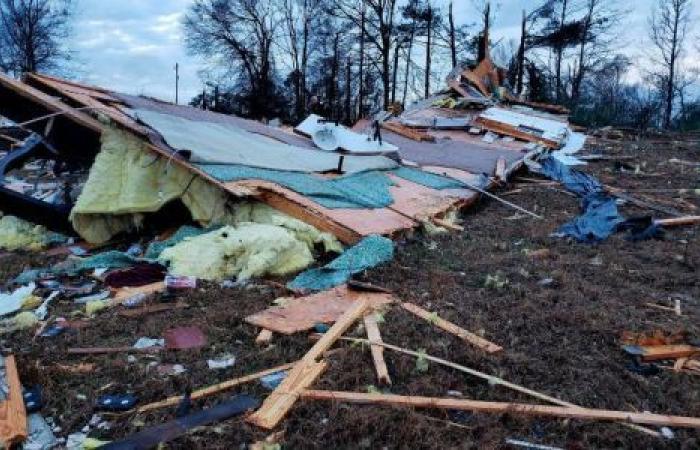 عواصف تجتاح شرق الولايات المتحدة.. وتقتل 8 أشخاص