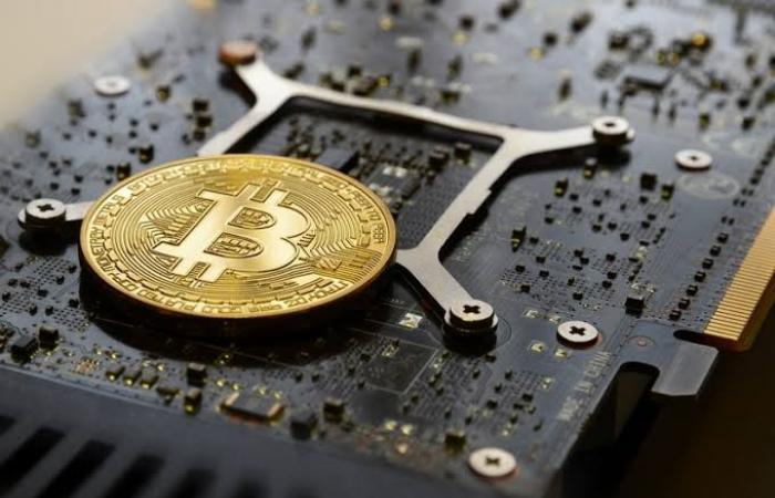 اخبار التقنيه Lazarus تعزز قدرات هجوم AppleJeus على شركات العملات الرقمية