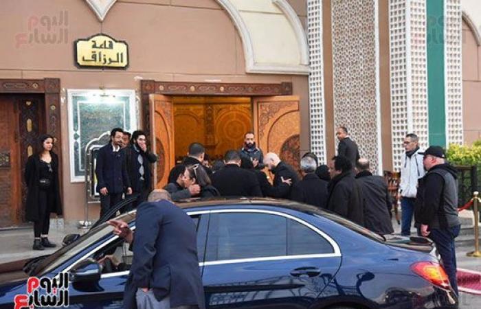 #اليوم السابع - #فن - فيديو وصور.. وصول الكينج محمد منير لتلقى العزاء فى وفاة زوج شقيقته