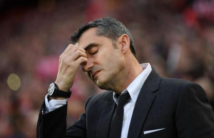 """رياضة عالمية الثلاثاء """"الخروج من السوبر ليس السبب"""".. 4 عوامل أجبرت برشلونة على إقالة فالفيردي"""