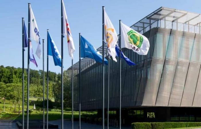 """رسميًا.. فيفا يعلن انهاء مهمته الإصلاحية مع كاف """"بنجاح"""""""