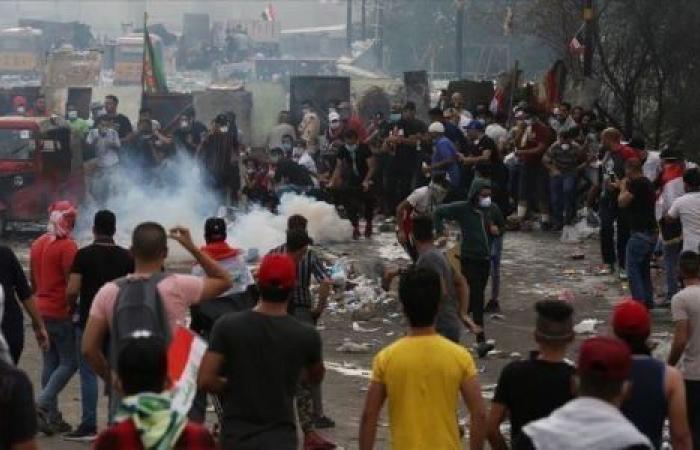 فيديو| الغضب يتصاعد في العراق.. مطاردات متبادلة بين أنصار الصدر والمتظاهرين