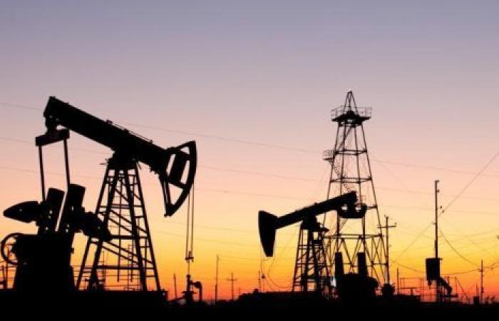 كورونا يهبط بأسعار النفط لأدنى مستوى منذ ديسمبر 2018