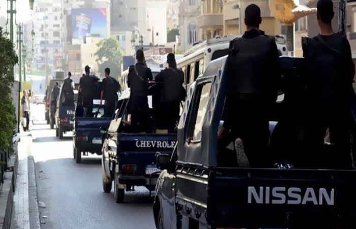 الوفد -الحوادث - سقوط 33 متهمًا بـ 7 بنادق و181 قطعة سلاح أبيض في حملات مكبرة بالمحافظات موجز نيوز