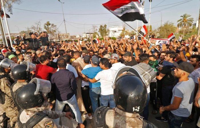 انسحاب «القبعات الزرقاء»يعيد زخم الاحتجاجات بساحاتبغداد