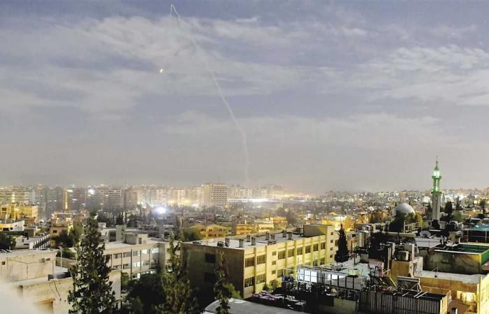 #المصري اليوم -#اخبار العالم - مصرع 30 شخصا وإصابة آخرين في حادث سير على طريق حمص دمشق موجز نيوز
