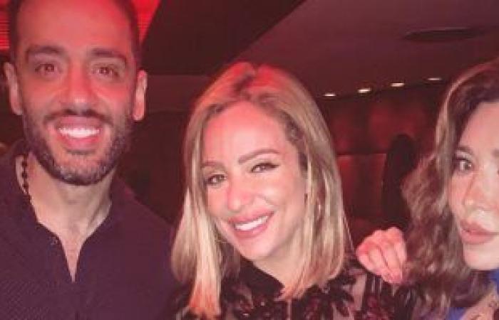 #اليوم السابع - #فن - رامي جمال وزوجته يحتفلان بالألبوم الجديد مع ريم البارودى وإيمان العاصى