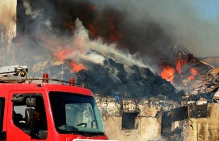 الوفد -الحوادث - إخماد حريق هائل بمبنى السلخانة بسفاجا موجز نيوز
