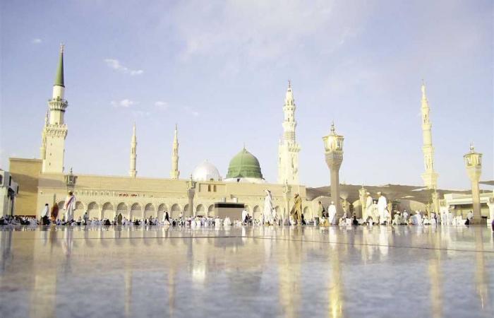 #المصري اليوم -#اخبار العالم - بعد قرار تعليق الصلاة.. خطيب المسجد النبوي باكيًا: «اجعلوا بيوتكم قبلة» (فيديو) موجز نيوز
