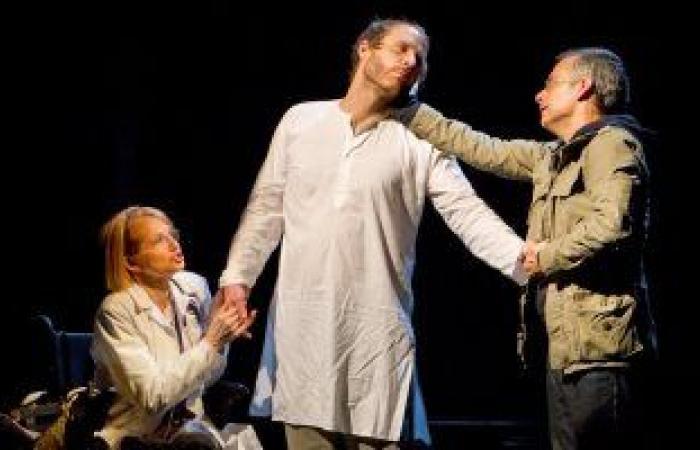 """#اليوم السابع - #فن - جمال عبد الناصر يكتب: """"المسرح في زمن """"كورونا"""""""