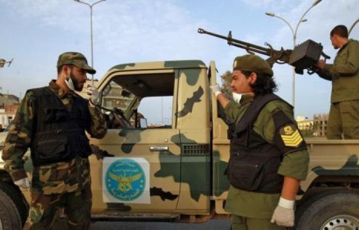 تفاصيل المواجهات الأخيرة بين حفتر والسراج في ليبيا
