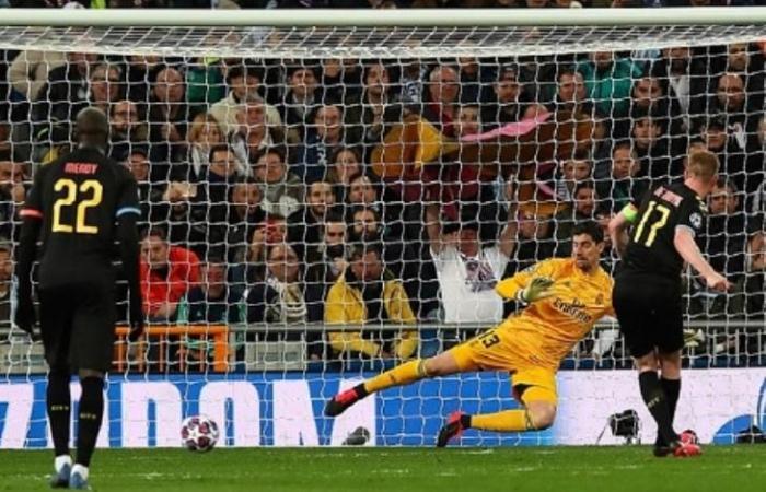 """رياضة عالمية الجمعة مانشستر سيتي يهزم ريال مدريد في """"فيفا 20"""" في تحدي خيري"""